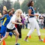 Michelle Obama donne l'exemple ! L'activité physique est au coeur du programme Let's move. (DR)